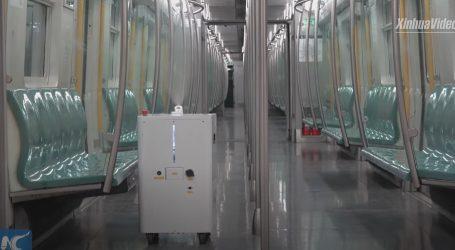 Pekinški metro za dezinfekciju vagona koristi robote