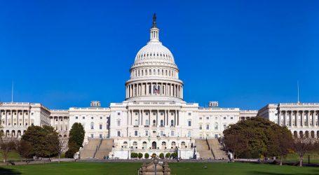 Vandalizirani domovi čelnika oba doma američkog Kongresa