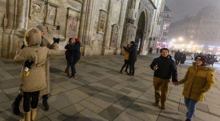 Uhićenja i prijave sudionicima 'hoda protiv koronavirusa' u Beču