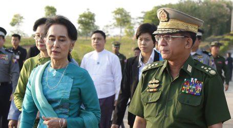 Vojni udar u Mjanmaru: Nobelovka Aung San Suu Kyi opet u pritvoru, nema znakova otpora