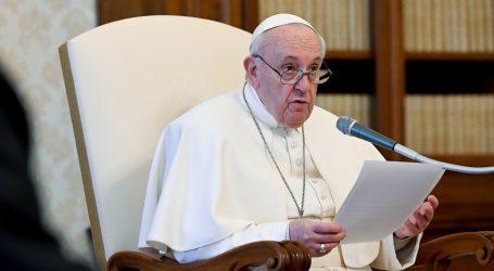 Papa pozvao mjanmarsku vojsku da oslobodi političke zatvorenike