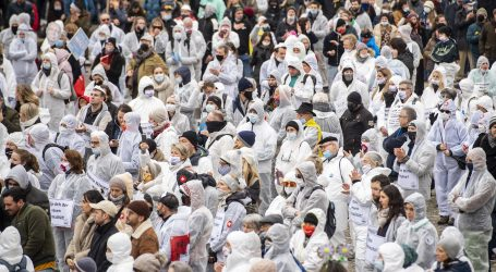 Zbog epidemioloških mjera prosvjedovali i Švicarci
