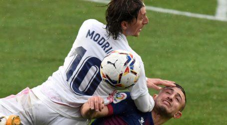 """Madridska Marca puna hvalospjeva za Modrića: """"On ne igra La Ligu kao on"""""""