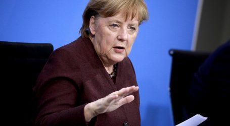 """Iranski nuklearni program: Merkel izrazila """"zabrinutost"""" u razgovoru s Rohanijem"""