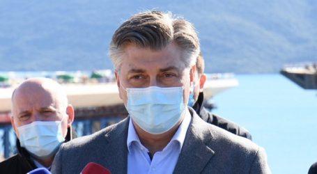 """Plenković: """"Očekujemo kompenzaciju kašnjenja, a  čekamo i europsko odobrenje ruskog cjepiva"""""""