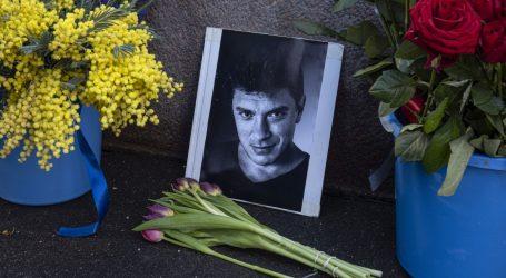 Tisuće Rusa odale počast ubijenom oporbenom čelniku Borisu Nemcovu, glavnom kritičaru Putina