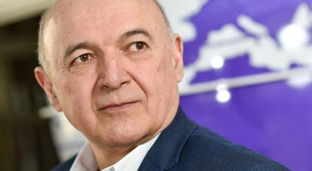 """Ljubo Jurčić: """"Strukture ekonomije u kojoj dominantno utječu usluge, najviše će pasti"""""""