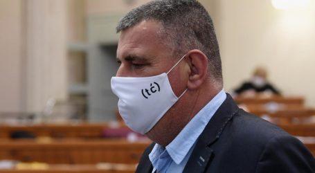 Zanimljivo u Saboru: Zastupnici Mosta nose maske s inicijalima ministra Ćorića