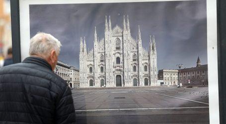 """Talijanski umjetnik ima izložbu u Splitu """"(Ne)vidljivi trgovi"""". Prikazuje gradove diljem Italije u vrijeme prvog lockdowna"""