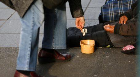 Tjerali ženu da prosi svaki dan, za manje od 700 isprošenih kuna bi je tukli