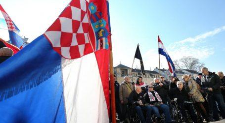 """Hrvatski branitelji liječeni od PTSP-a: """"Burilović stvara lažnu sliku. Ratni vojni invalidi nemaju prednost pri cijepljenju"""""""