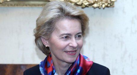 Ursula von der Leyen poručila Europljanima da bi bez razmišljanja primila cjepivo AstraZenece
