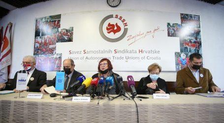 """Umirovljenici: """"Hoće li Sabor provesti još jednu kampanju s javnim cijepljenjem svojih roditelja AstraZenecom"""""""