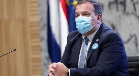 Ministar Beroš naredio ustanovama da ispitaju tko se sve cijepio preko reda