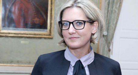 Vlada Srbije uplatila sto tisuća eura Hrvatskome narodnom vijeću