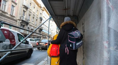 Roditelji zagrebačkih školaraca traže zaštitne skele za oštećene zgrade