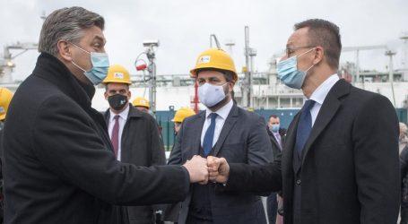 Otvaranje LNG terminala na Krku pokvario nedolazak triju brodova s plinom