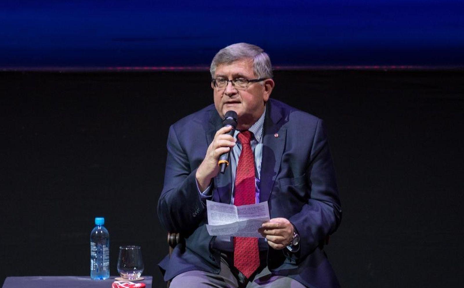 """Obersnel pozvao Plenkovića na kavu: """"Možemo i u Three Monkeys"""""""