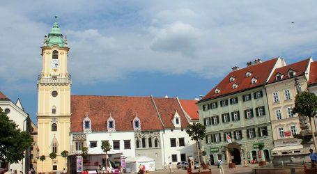 Slovačka zabrinuta zbog širenja britanskog soja virusa