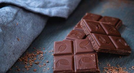 Zbog pesticida iz trgovina povučena čokolada sa sezamom i cvjetnim prahom