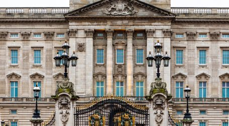 Princ Filip, 99-godišnji suprug britanske kraljice, hospitaliziran iz mjere opreza