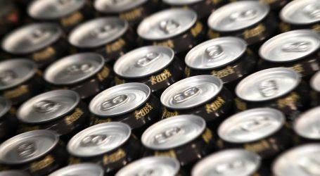 Umjetničko recikliranje: Odbačene limenke pića Kinez pretvara u tradicionalne reljefe