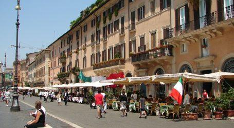 Talijani izišli na terase kafića i restorana, dok ne nastupi novi lockdown