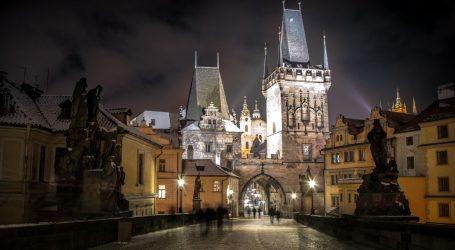 Češke bolnice su prepune, bilježe preko milijun zaraženih. Sve je zatvoreno, tri okruga su u izolaciji