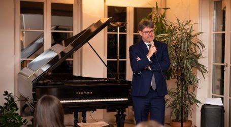 Francuski veleposlanik u Hrvatskoj susreo se s francuskim studentima na razmjeni