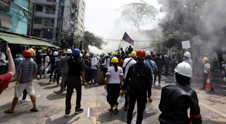 Prosvjedi u mjanmarskim gradovima, ubijeno najmanje 38 osoba