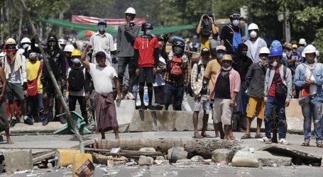 H&M obustavio nove narudžbe iz Mjanmara zbog nereda i nasilnog gušenja prosvjeda