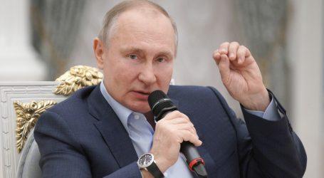 Daleko od kamera: Vladimir Putin primio prvu dozu, nije objavljeno koje cjepivo je primio
