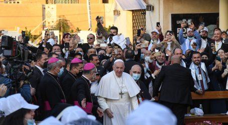 Papa Franjo posjetit će iračke kršćane koji su patili pod Islamskom državom