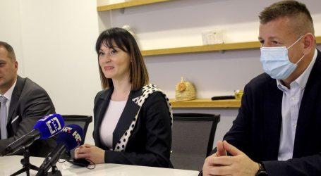 Ministrica Tramišak u Virovitici uručila ugovore vrijedne 3,8 milijuna kuna