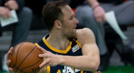 Šok za Bogdanovića i suigrače: Zrakoplov s košarkašima Utah Jazza morao prisilno sletjeti
