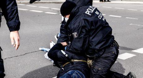 Veliki prosvjedi u njemačkom gradu Kasselu, policija koristila pendreke i suzavac