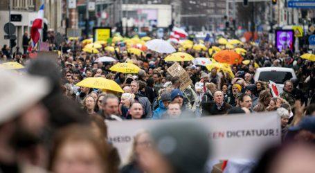 Diljem Europe prosvjedovalo se protiv 'diktature epidemioloških restrikcija', bilo je i sukoba