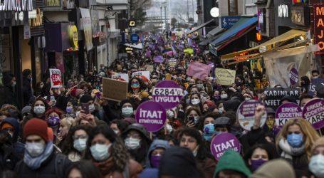 Tisuće diljem Turske prosvjedovale protiv napuštanja Istanbulske konvencije