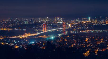 Hladna fronta iz Sibira donijela snijeg u Istanbul, nisu mu se radovali