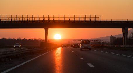 HAK: Potreban dodatan oprez na autocesti A3 zbog uočene srne na putu
