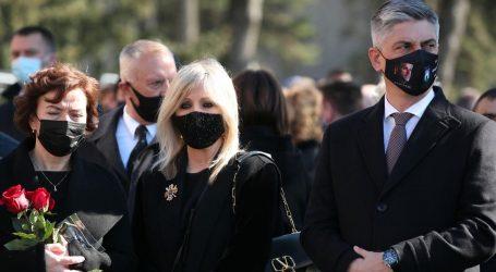 Bivši šef zagrebačkih groblja na Bandićevoj sahrani nosio masku s njegovim likom