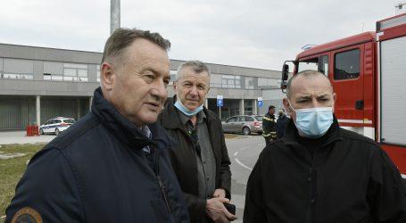 Završila drama u Sisku: Mladić se predao policiji, Medved poručio kako će biti još sličnih situacija