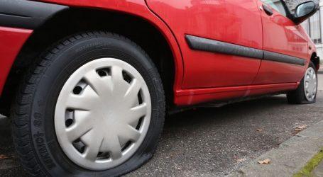 Nožem bušio gume na više od 26 vozila, policija ga uhitila