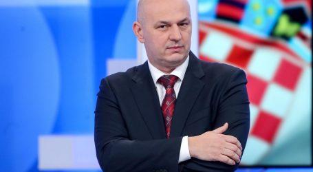 """Kolakušić u Europskom parlamentu: """"Ne vjerujem u cjepivo protiv koronavirusa"""""""