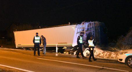 Teška nesreća na A3: Poginula četiri migranta, još 19 ozlijeđeno