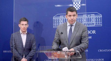 """Nikola Grmoja: """"Svi skandali moraju dobiti ime i prezime"""""""