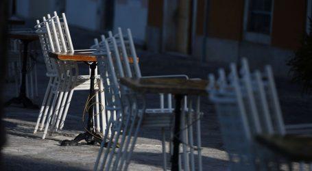 Janša: Slovenija zbog visokog broja novozaraženih još ne otvara kafiće i terase