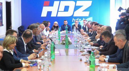 Nakon pisanja Nacionala HDZ tvrdi: Kampanja financirana vlastitim sredstvima, donacijama i sredstvima stranke