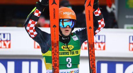 Hrvatski skijaši Filip Zubčić i Matej Vidović ušli su u drugu vožnju slaloma u Kranjskoj Gori