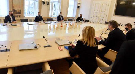 Plenković sa Šukerom i Čeferinom razgovarao o izgradnji nacionalnog stadiona